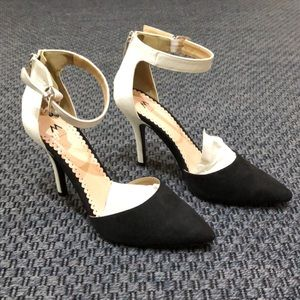ShoeDazzle * Black/White D'Orsay heels * Size 9.5